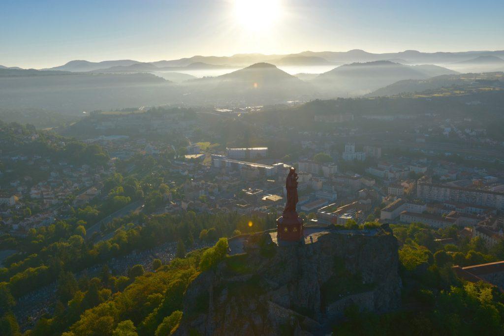 Séjour à vélo électriqueau Puy-en-Velay, capitale mondiale de l'UNESCO