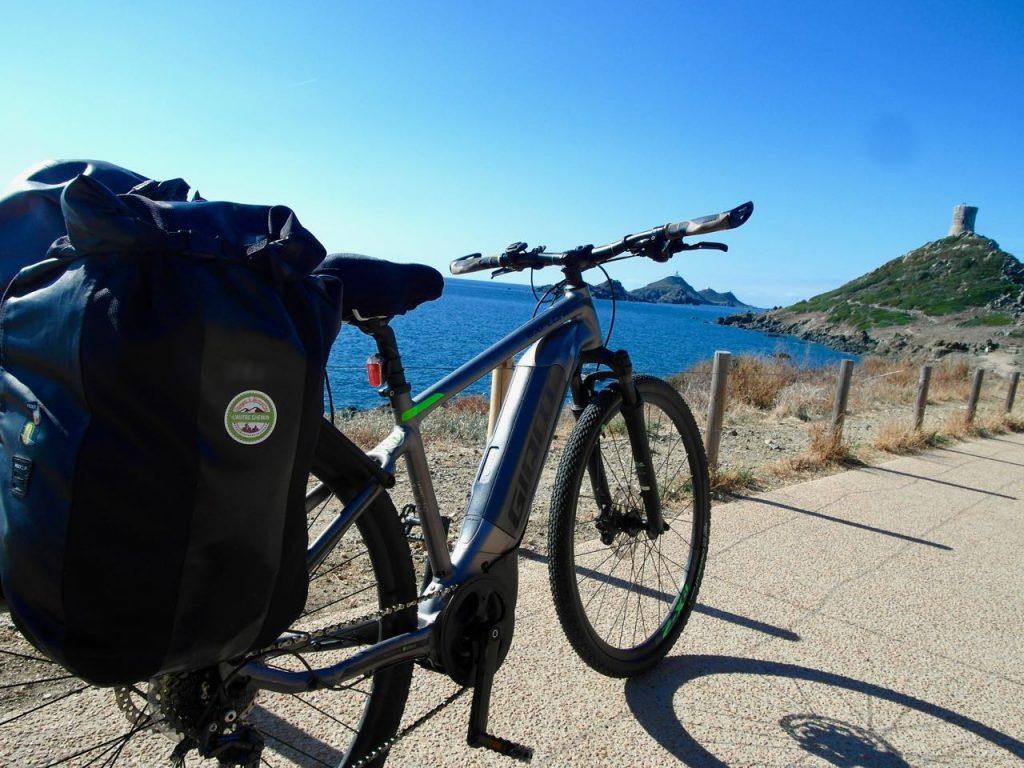 La Corse à vélo électrique